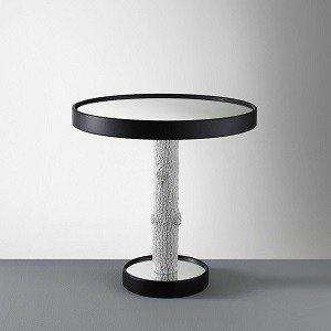 oryginalny stolik na drewnianej nodze
