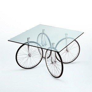 oryginalny szklany stolik