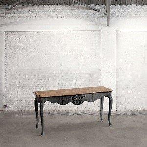 stolik z nogami
